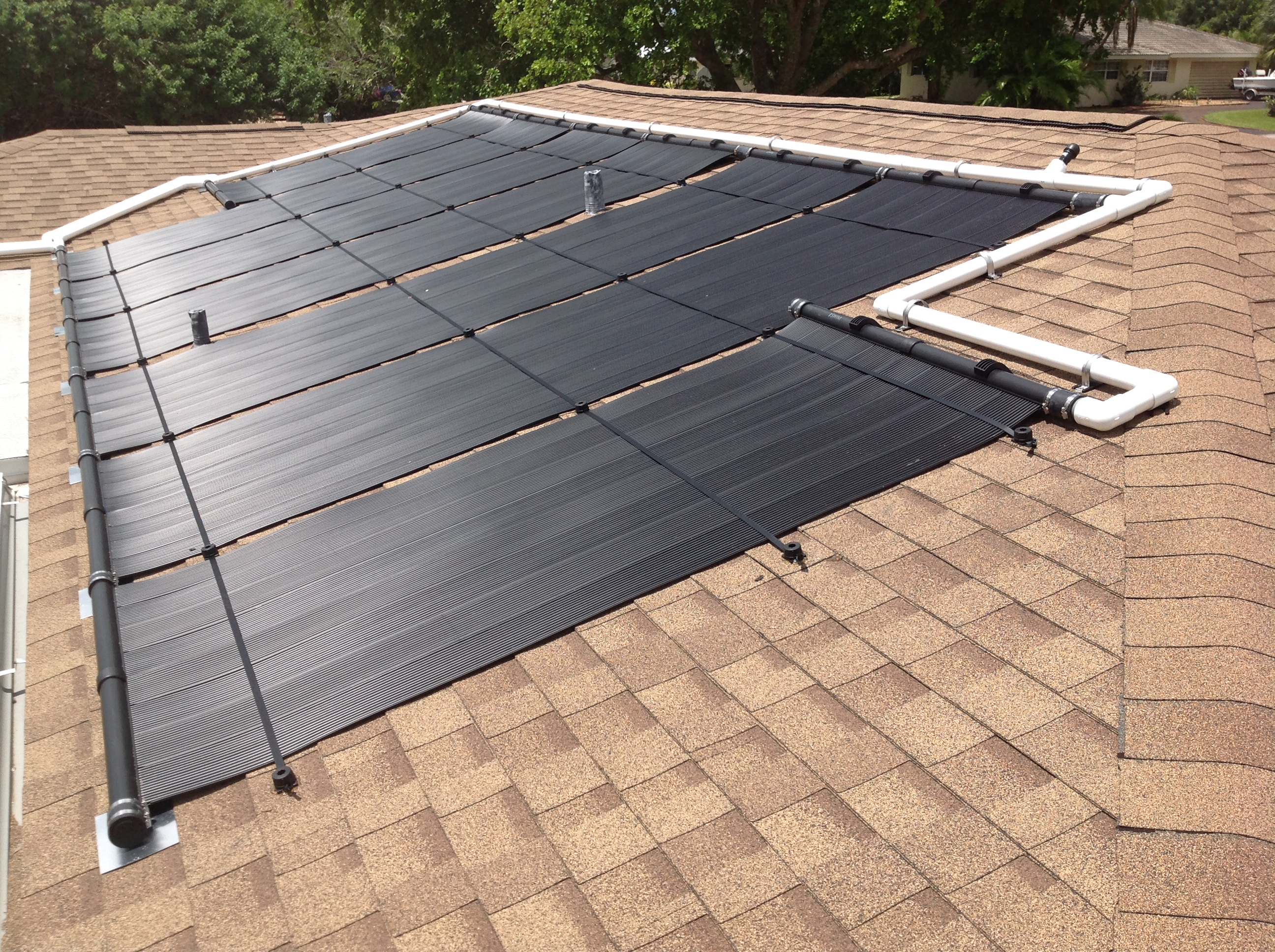 Florida solar design group solar pool heating for Solar heaters for swimming pools